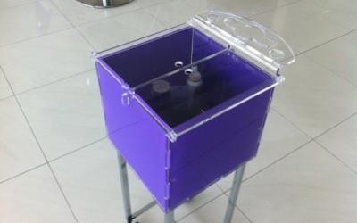 carrellino plexiglass