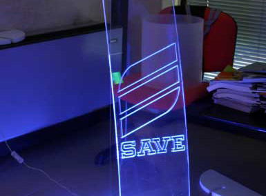 save plexiglass totem luminoso
